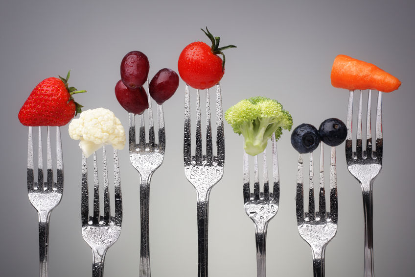 grapes tomatoes lettuce on a fork nutritionist how to restore healthy hormones with your fork