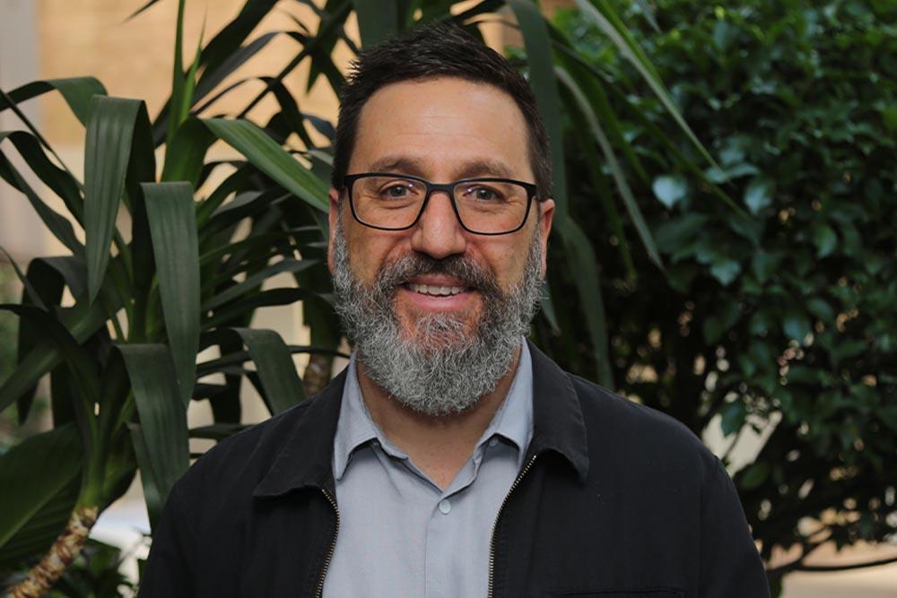 Dr Tim Sharp