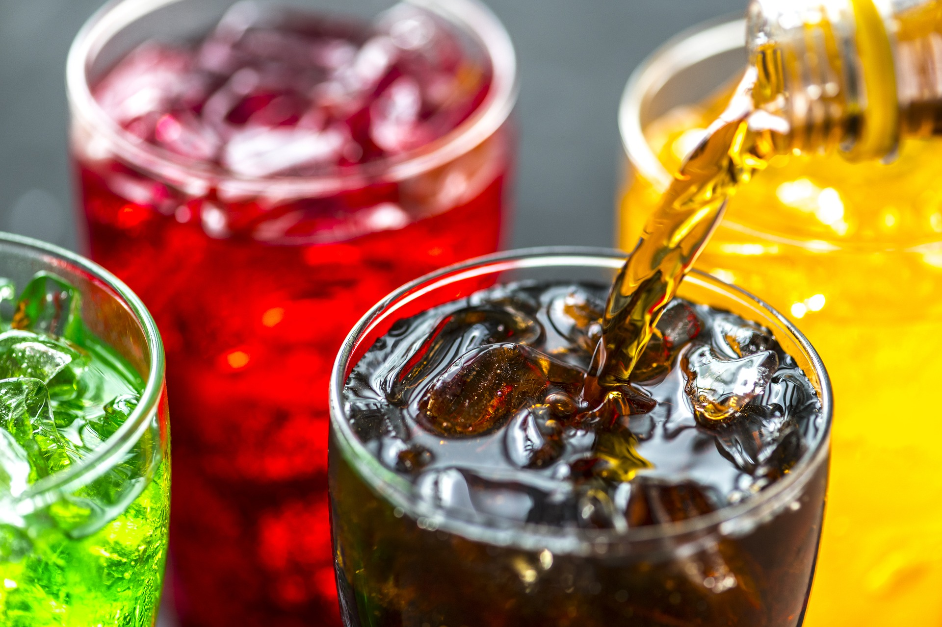 cola iced tea and soft drinks sugary drinks lead to shorter life