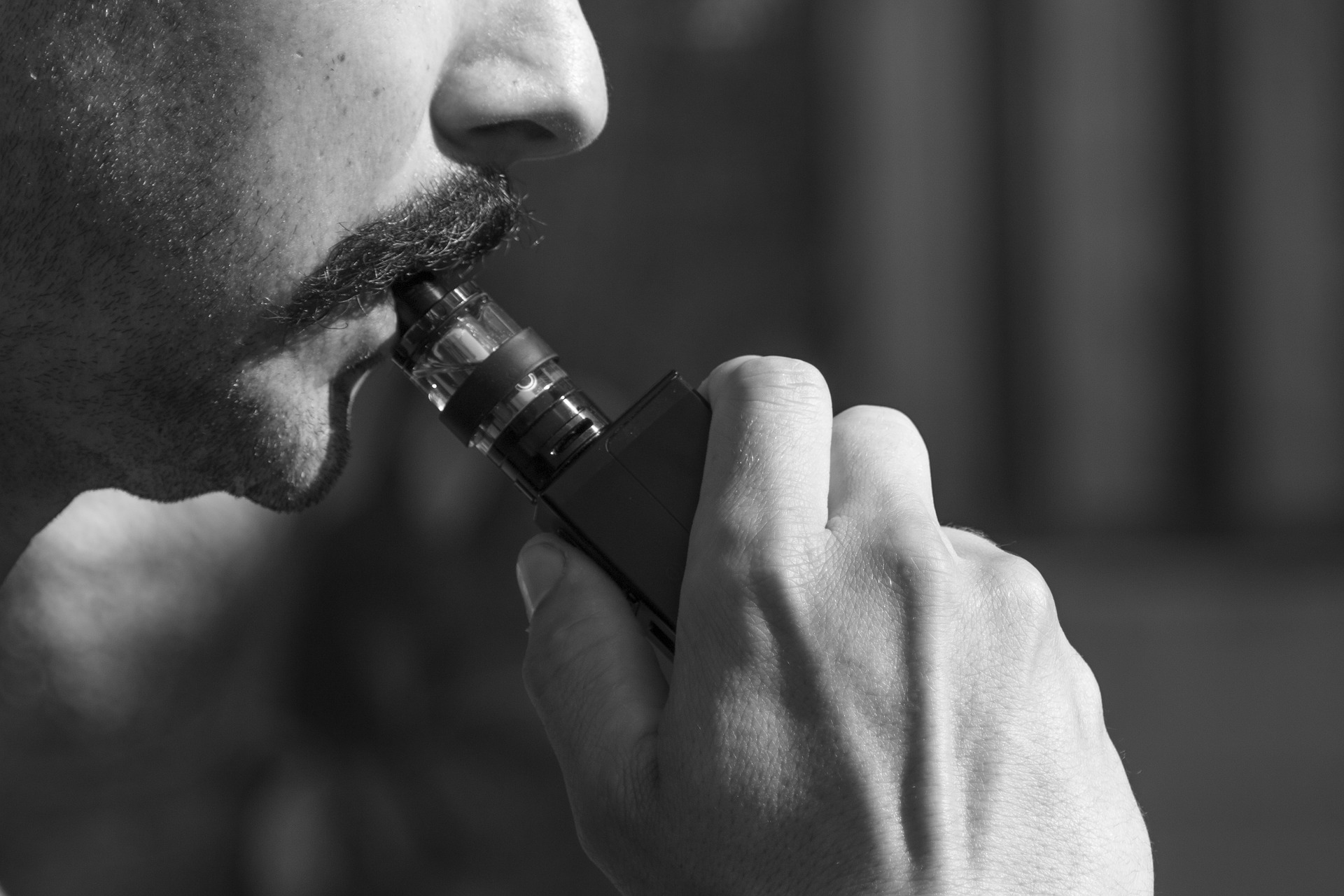 man vaping heat not burn cigarettes why vaping could be more dangerous than you think